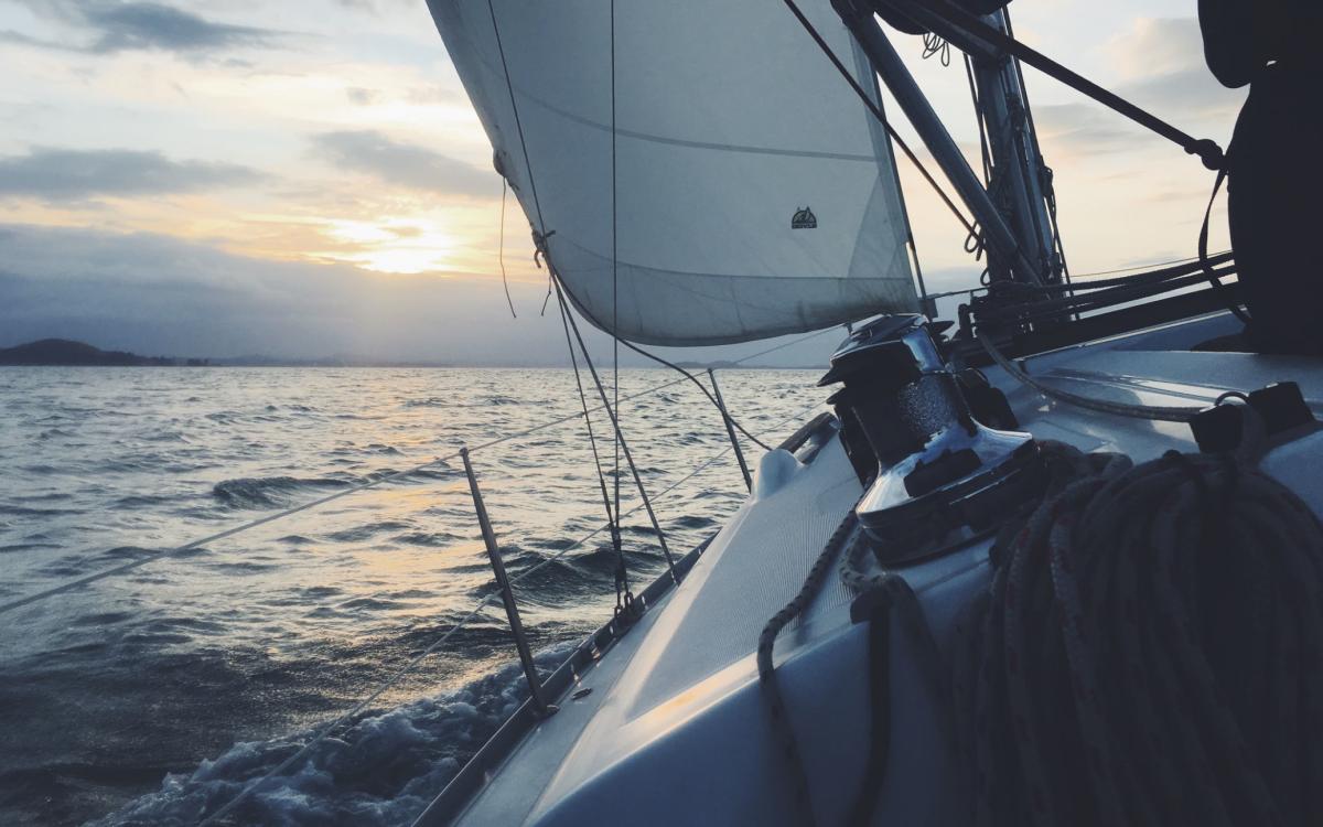 Créer le AirBnb du bateau sans coder (guide complet Webflow et Zapier)